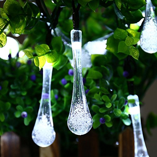 Icicle Solar Outdoor String Lights
