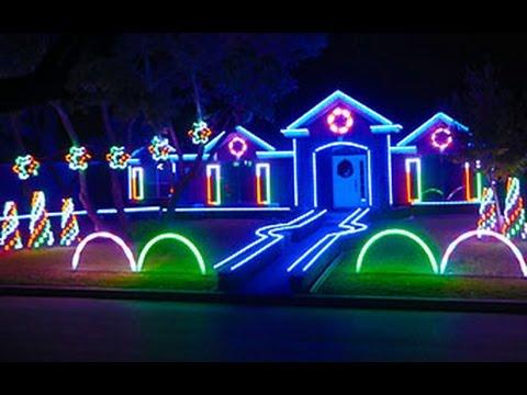 Incredible Dubstep Christmas Light Show